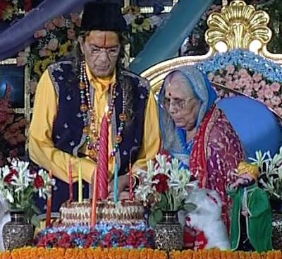 Happy 90th Birthday 2011 to Jagadguru Kripalu Ji Maharaj