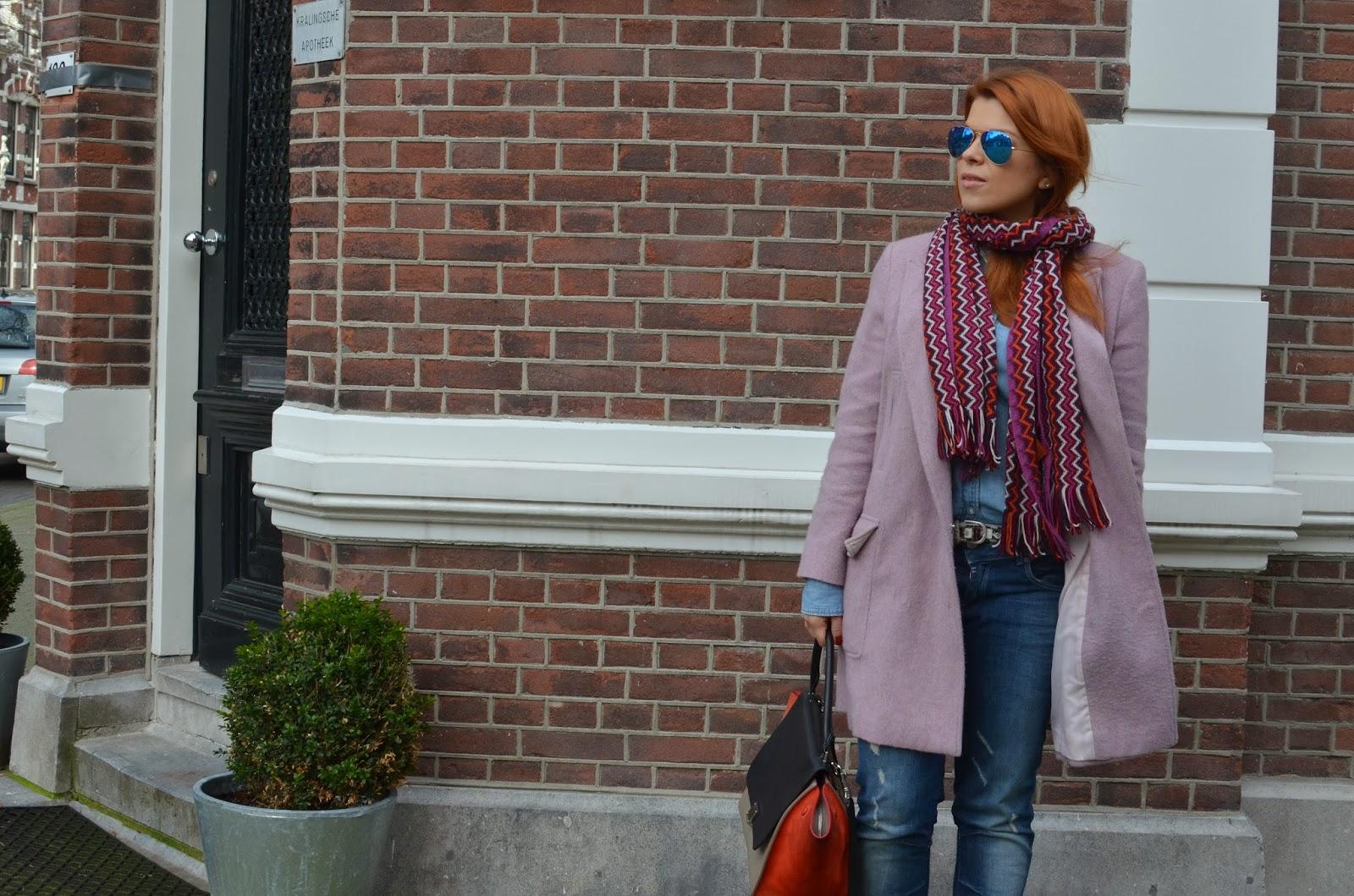 fashion bridge, fashion-bridge.blogspot.com, fashion bridge blog, street style, street style netherlands, street fashion, street fashion netherlands, celine trapeze bag, missoni scarves, jak joten, tres jewellery, brooches, pink coats, street style pink coats