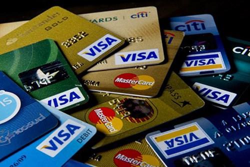 Nên làm thẻ VISA và ATM ngân hàng nào nhanh tốt nhất?