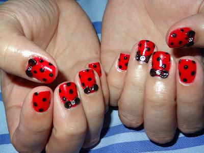 Polka Dot Nails in Red & Black!