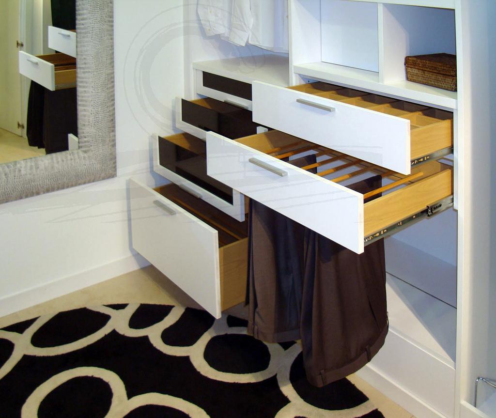 La distribuci n del interior de armario ch decora for Distribucion armarios cocina