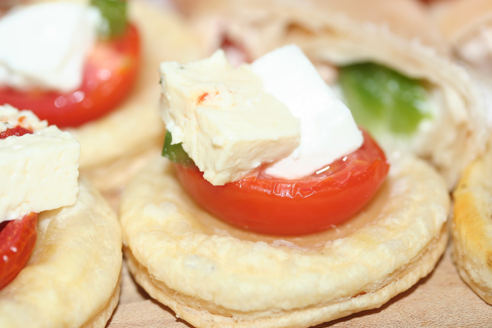 Sugar spice canapes tartlets and mini wraps for Canape wraps