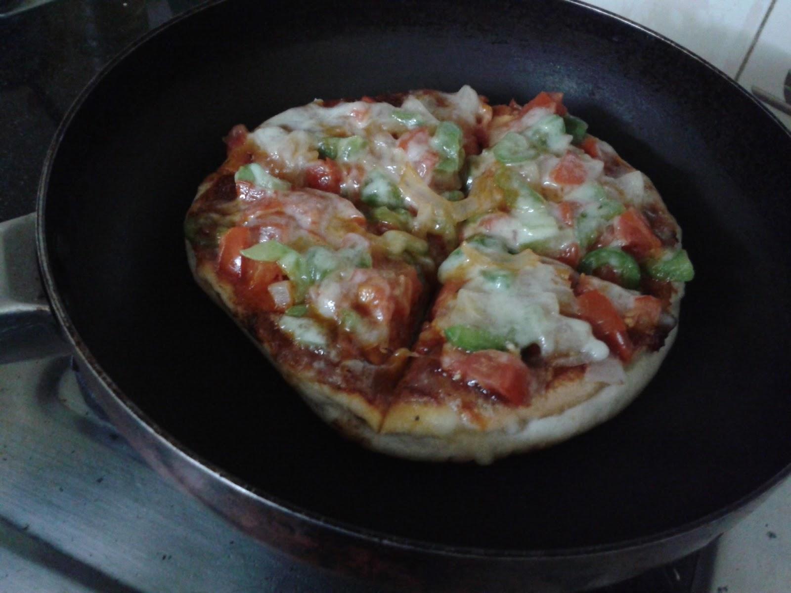 Tawa Pizza Recipe -  Pan Pizza