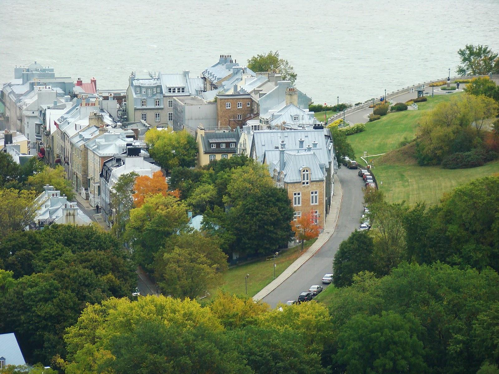До сих пор город сохраняет неповторимый французский дух и является самым европейским городом в Северной Америке, привлекая тем самым множество туристов.