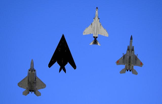 F-22 F-117 F-4 F-15