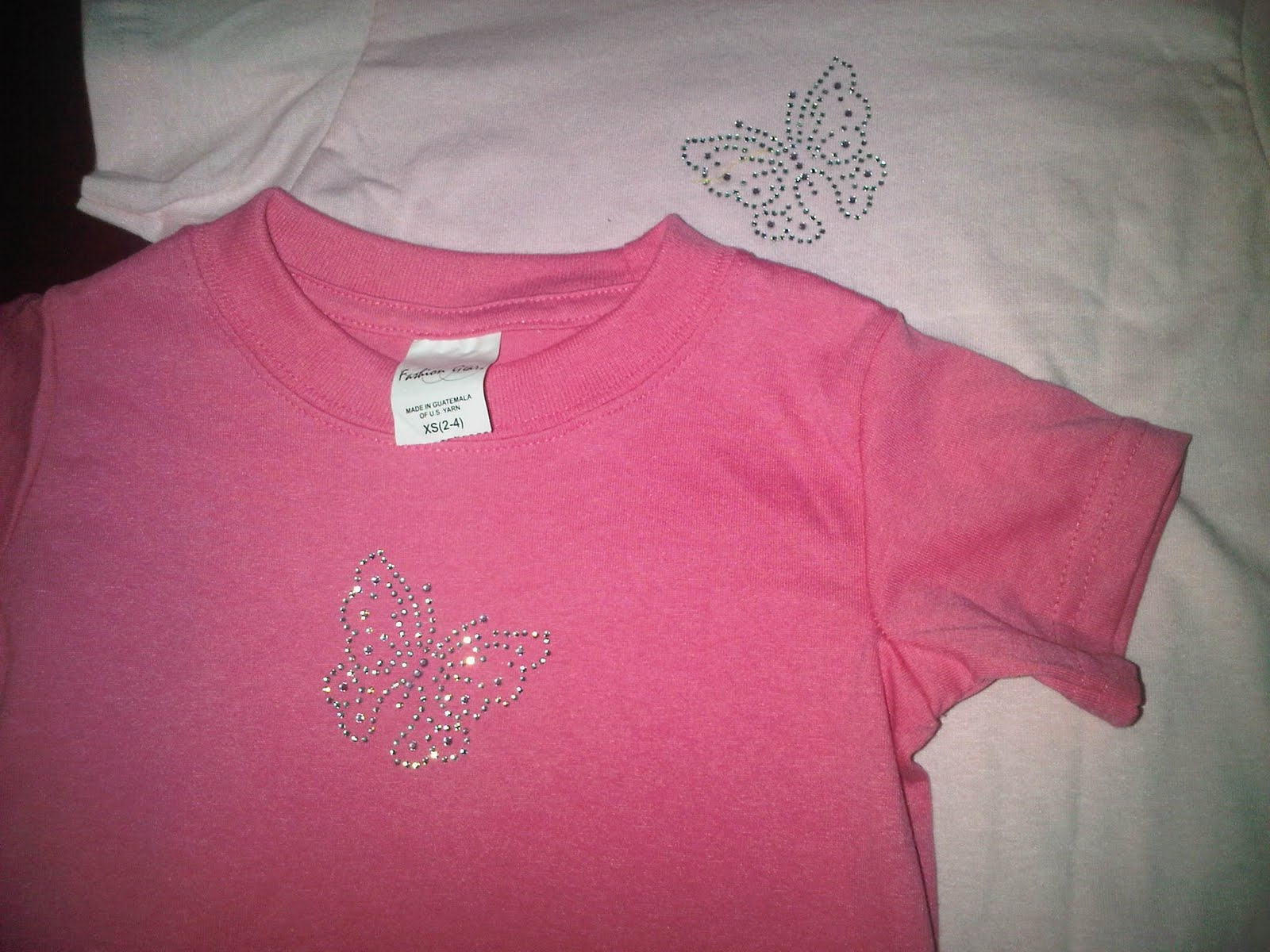 http://1.bp.blogspot.com/-2npD31LNRzQ/TchXAI1QG-I/AAAAAAAAAUU/5PXB3O-0ybw/s1600/pink+shirts.JPG