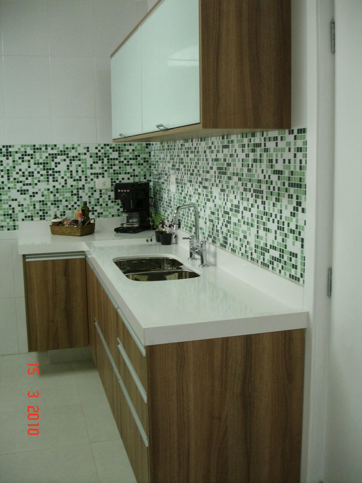 Banheiro Com Pastilha Branca Liusn Com Obtenha Uma Imagem De  ~ Cozinha Decorada Com Pastilhas