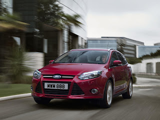 2012-Ford-Focus-21