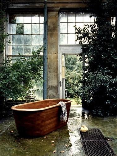antique interiors: Nature in your bathroom...
