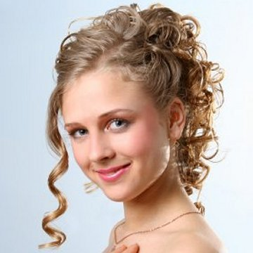 Casual Hairstyles on Casual Looking Updos Prom Hairstyles   All World Of Beauty And Your