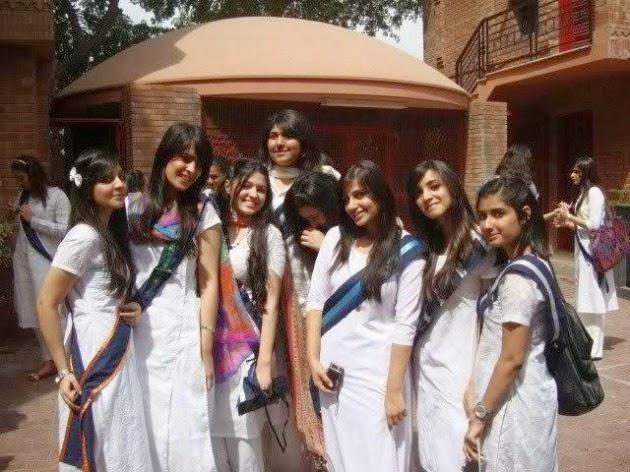 Cute And Beautiful College Girls
