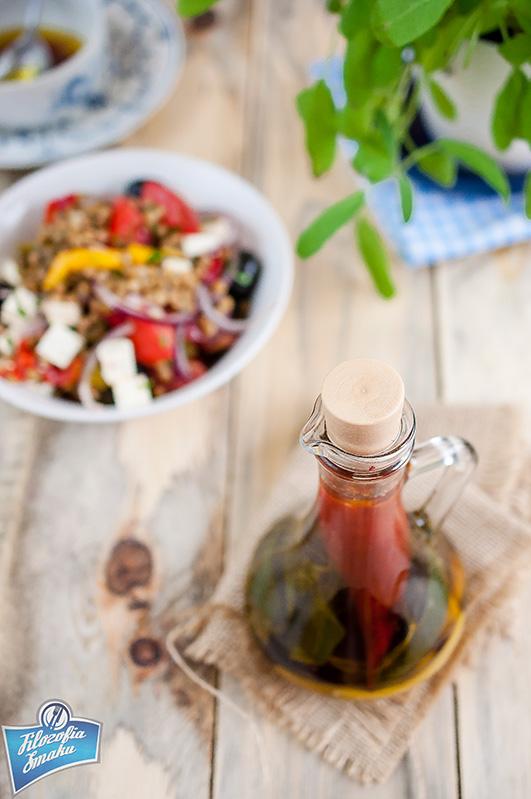 Jak zrobić aromatyzowaną oliwę