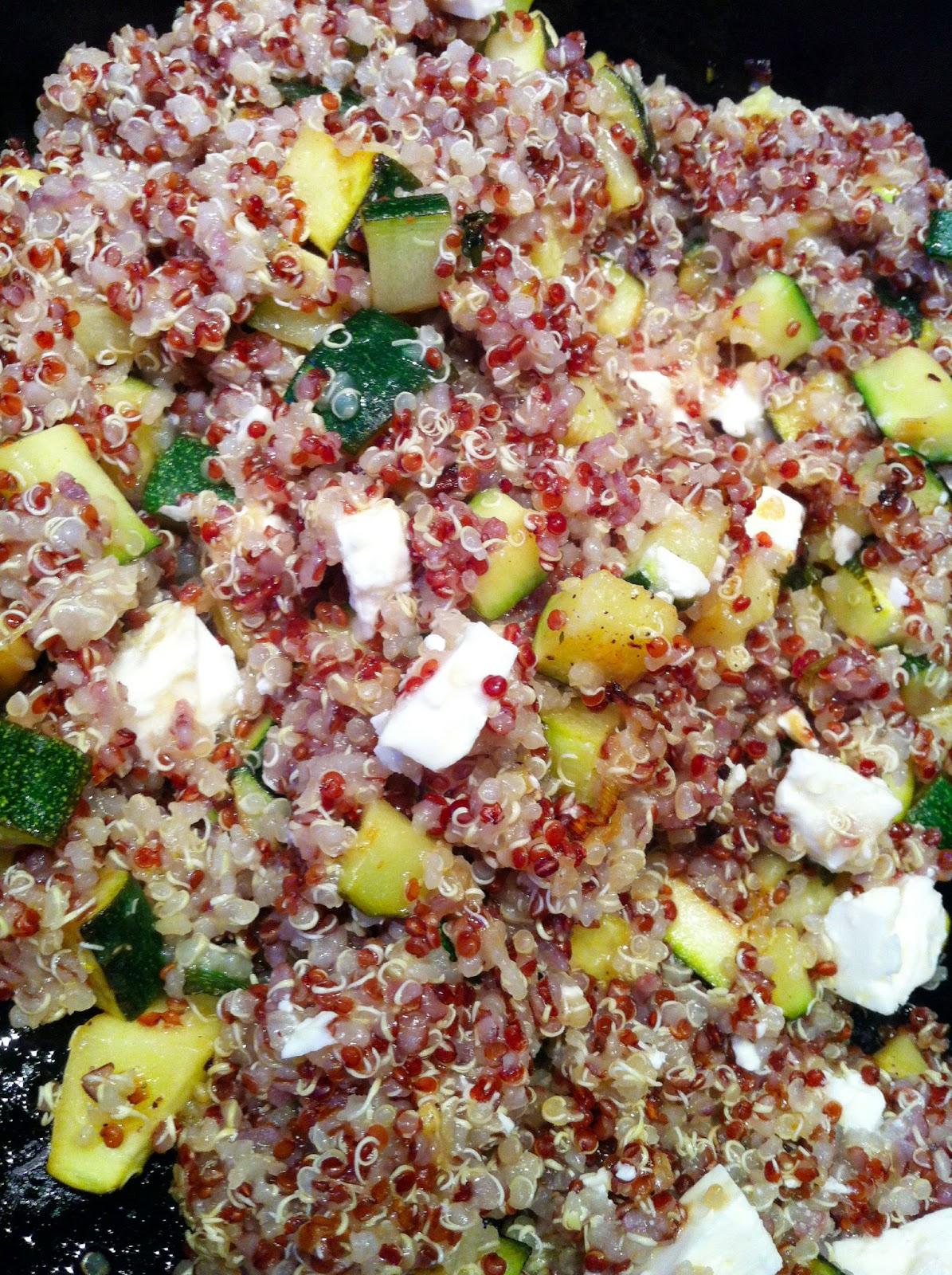 Cuisiner bien quinoa zucchini pfanne for Cuisiner quinoa