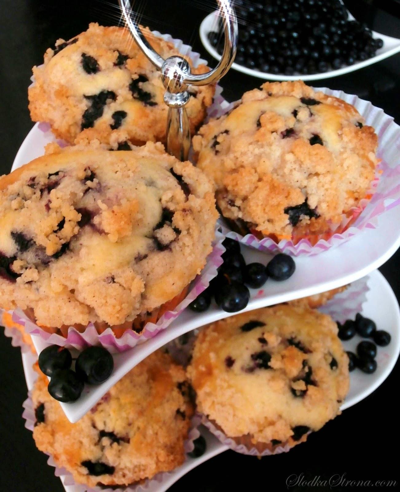 jagodowe babeczki, jagodowe muffinki,