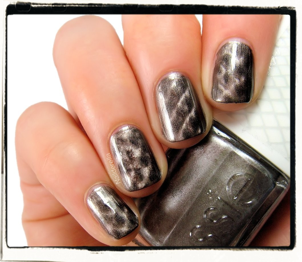 Communication on this topic: Get Your Python on With Essie's Repstyle , get-your-python-on-with-essies-repstyle/