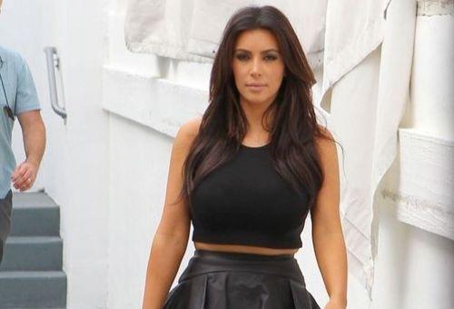 Gambar Bogel Kim Kardashian Tersebar