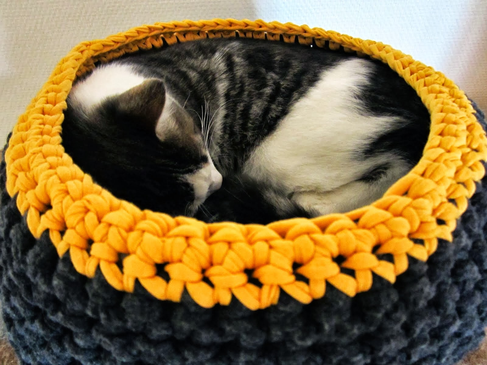DIY: Hæklet kattekurv