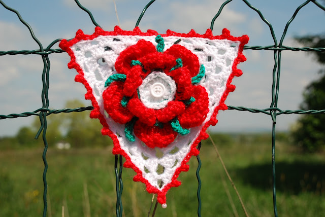 image of Lancashire rose on crochet bunting