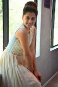 Taapsee Pannu glamorous photos-thumbnail-21