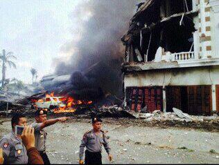 Video Amatir Detik- Detik Terakhir Jatuhnya Pesawat Hercules C130 TNI AU Terekam Warga Medan
