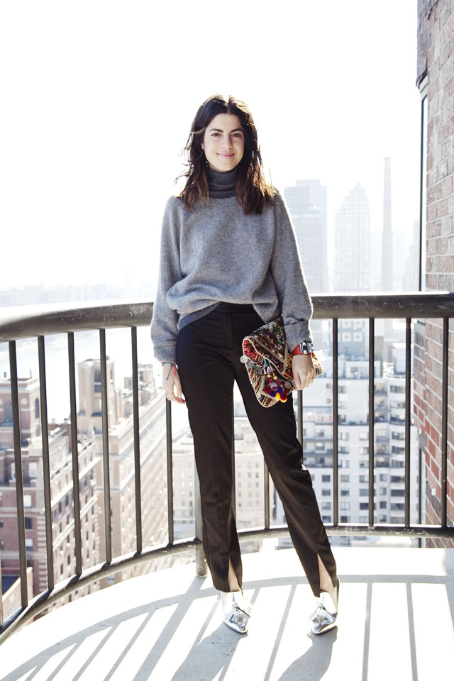 Leandra Medine of the blog Man repeller wearing a grey turtleneck sweater