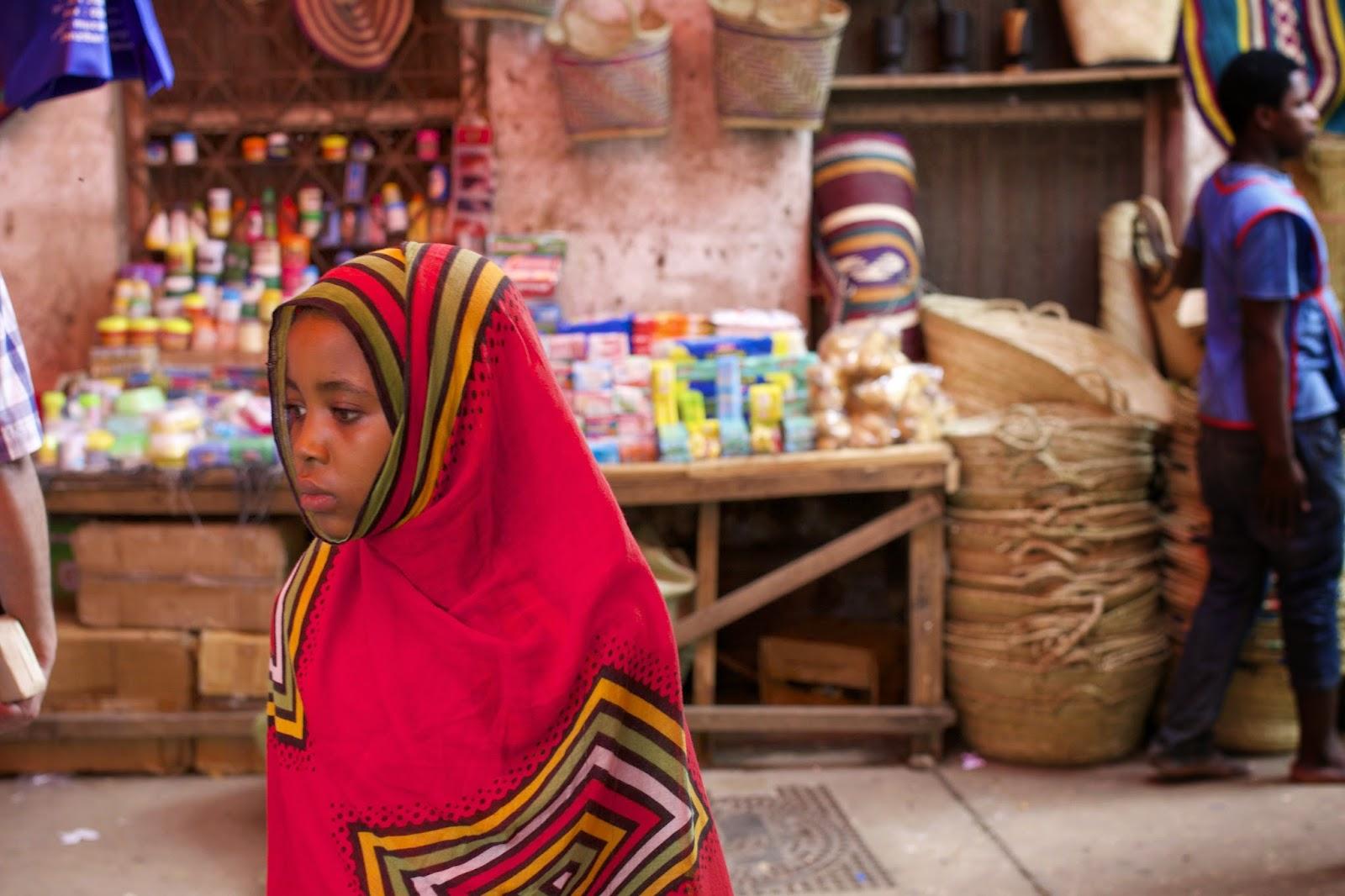 zanzibar tanzania market bazaar