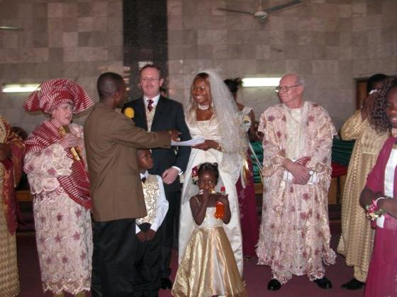 Photos Of Goldie And Her American Husband: Andrew Harvey Goldie+and+husband+lindaikejiblog5