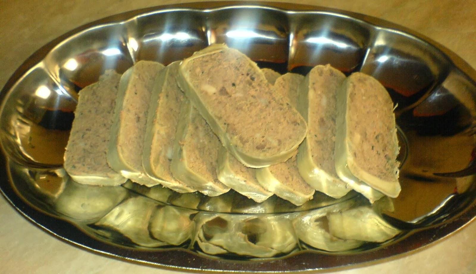 lebar, lebar de porc, lebar de casa, lebarbusi, caltabosi, lebarvurst, maios, lebarbusi de porc, caltabosi de porc, retete lebar, reteta lebar, retete culinare, preparate culinare, retete de craciun, retete craciun, retete cu carne de porc, aperitive de craciun,