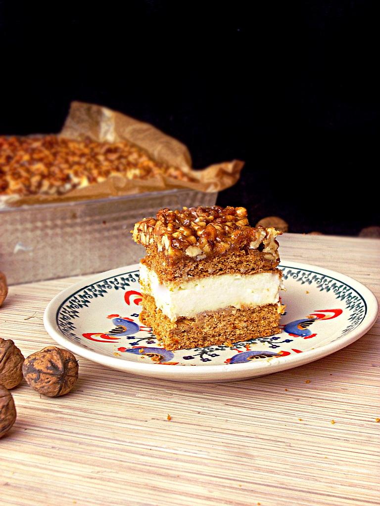 Ciasto Miodowo Orzechowe z