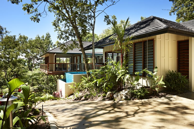 The homely place grand designs australia part 2 for Beach house designs qld