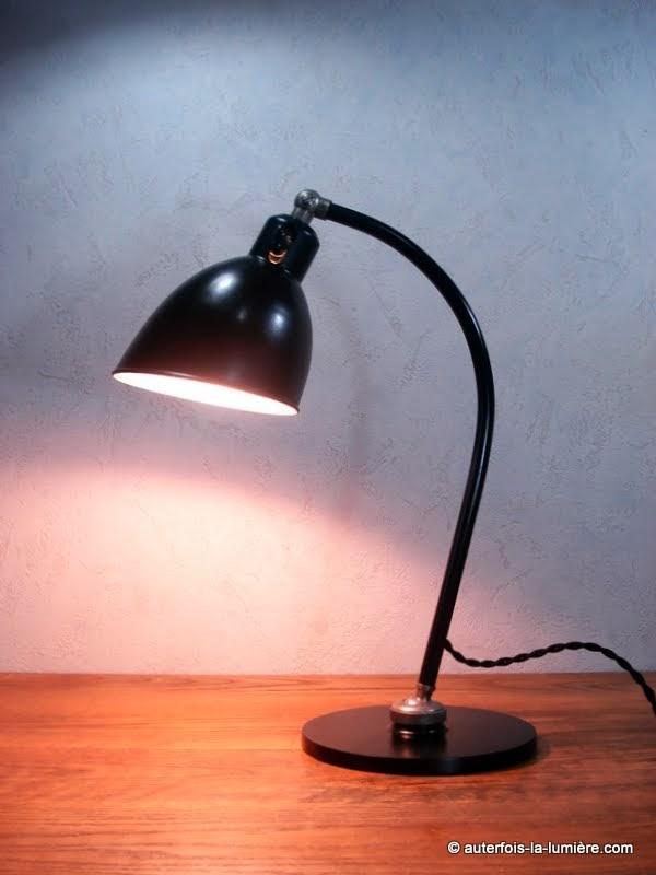 http://www.autrefois-la-lumiere.com/2013/12/lampe-bur-polo-popular-2608.html