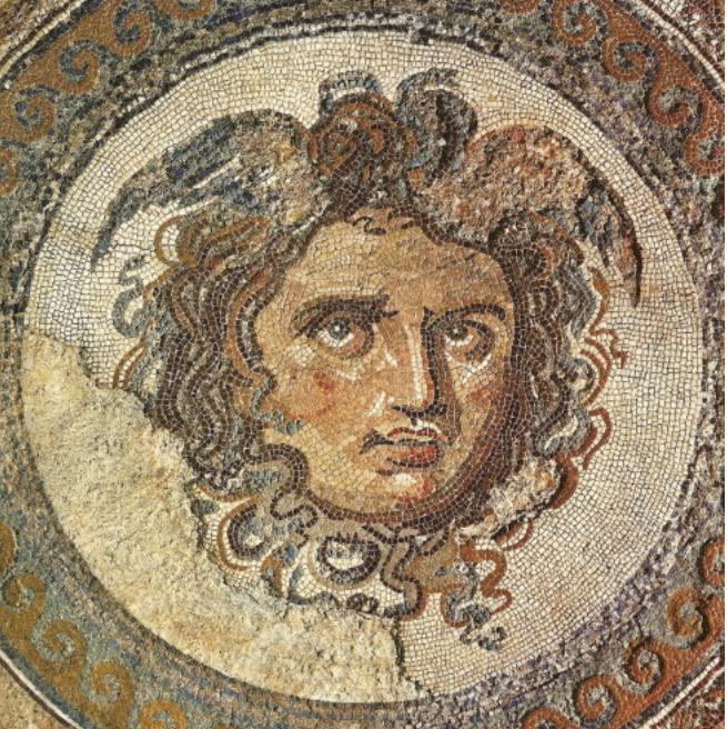 Baños Griegos Antiguos:Un dermatólogo en el museo: Medusa (I): el relato mitológico