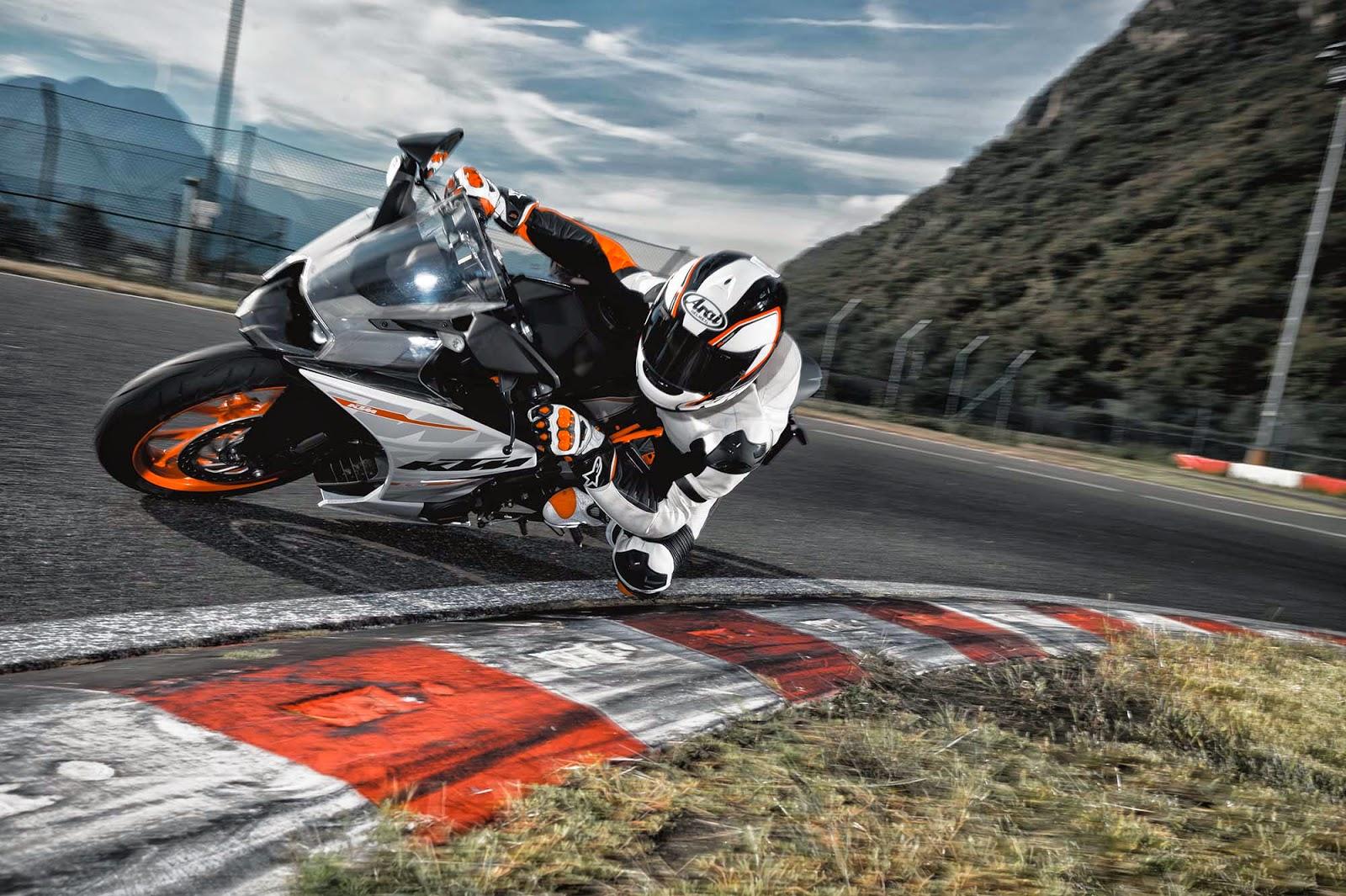 KTM 1190 RC8 R white Bikes Hd Wallppaers for Desktop