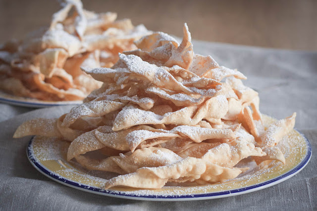 Chrusty, faworki, angel wings - Polish Shrove Tuesday / Fat Thursday