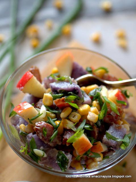 sałatka ziemniaczana , kolorowe sałatki , lunch , ziemniaki filetowe , kukurydza , przekąski , na imprezę , najlepsze przepisy , najsmaczniejsze dania , domowe jedzenie , ziemniaki truflowe