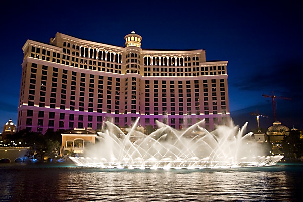World beautiful places and hotels bellagio fascinating for Beautiful hotels