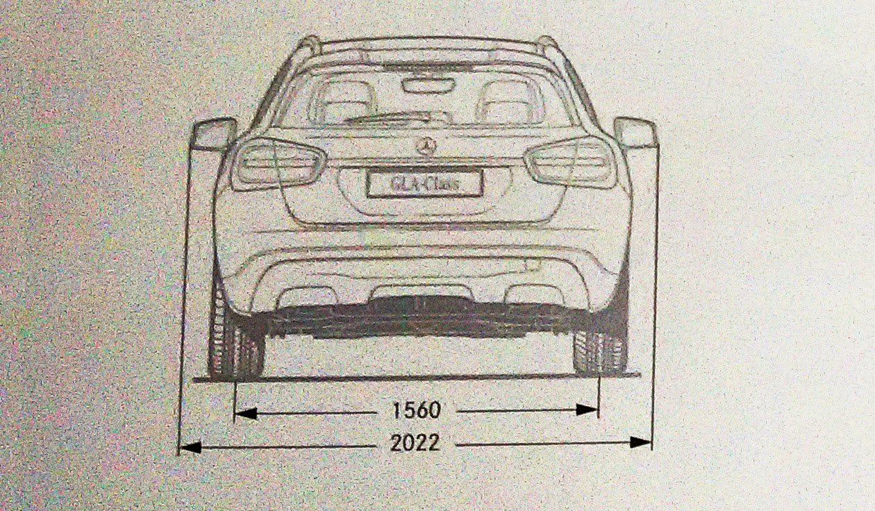 Mercedes Benz GLA 200 specifications