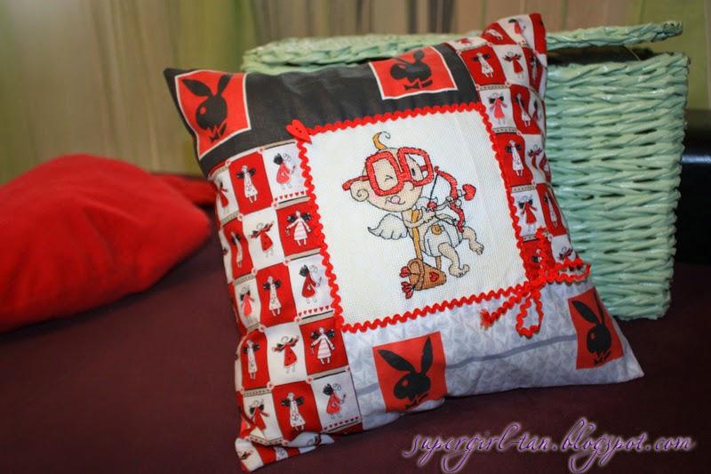 подушка на день святого валентина