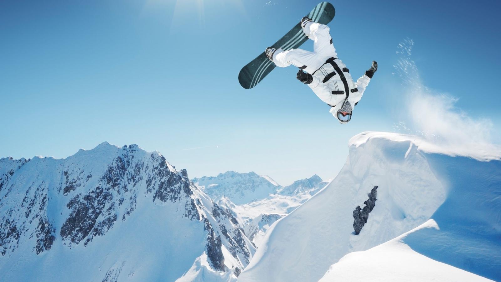 http://1.bp.blogspot.com/-2rYL7cRlOa0/Tw0mQ3Nd_8I/AAAAAAAABTY/TLxOFx05blA/s1600/Snowboarding+Wallpaper+1.jpg