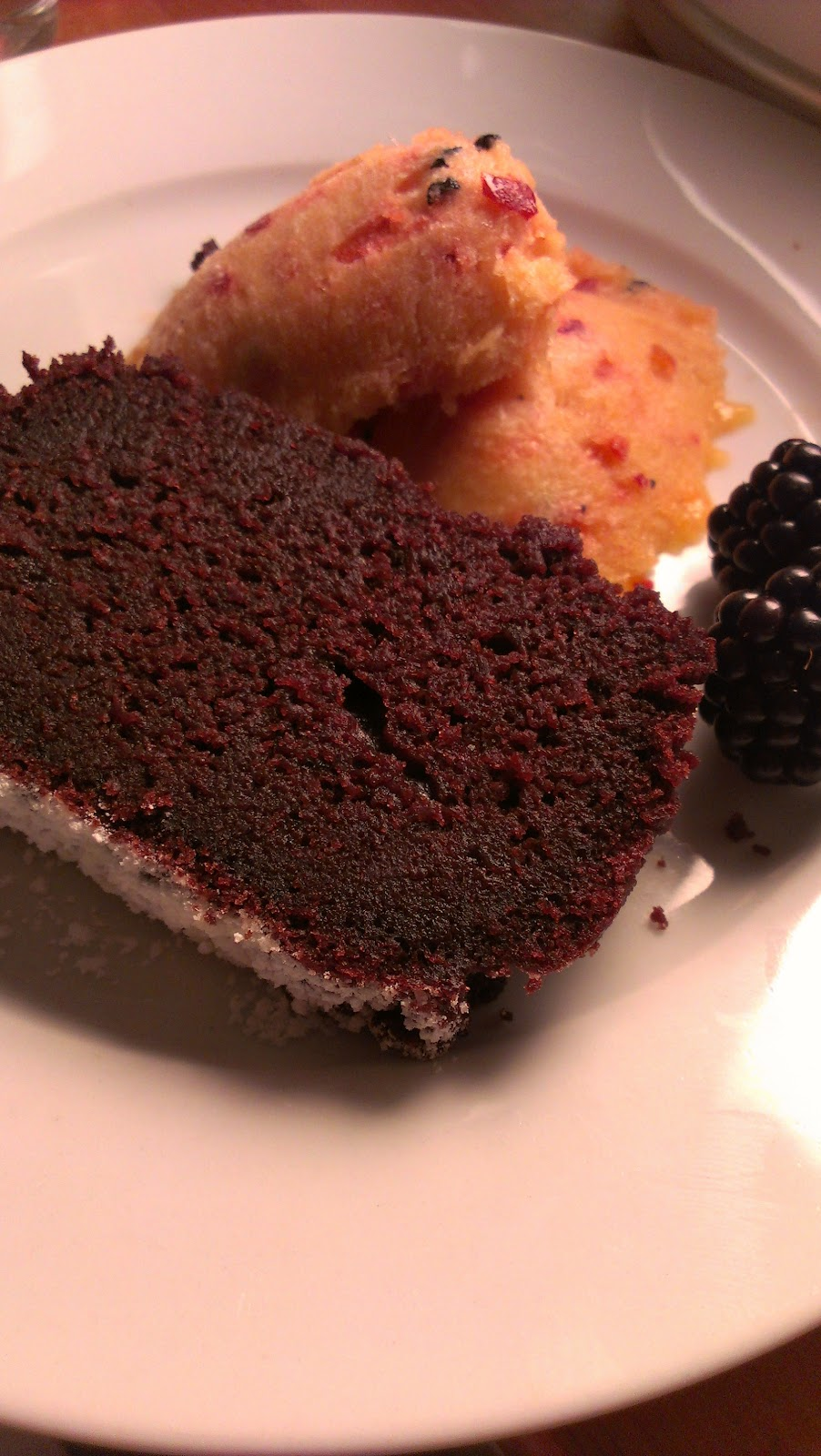 Meine liebe das essen super saftiger schoko joghurt kuchen for Kuchen reduziert