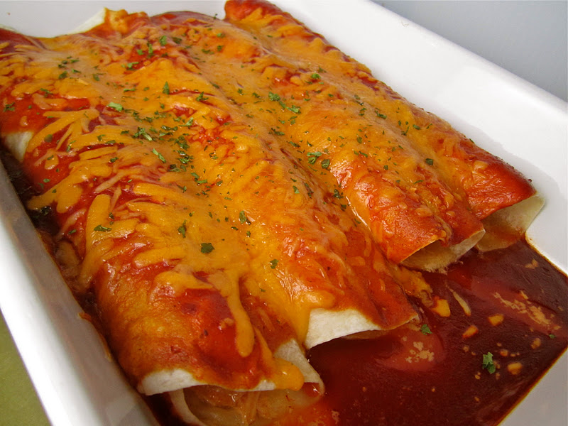 Stephanie Cooks: Salsa Chicken Enchiladas
