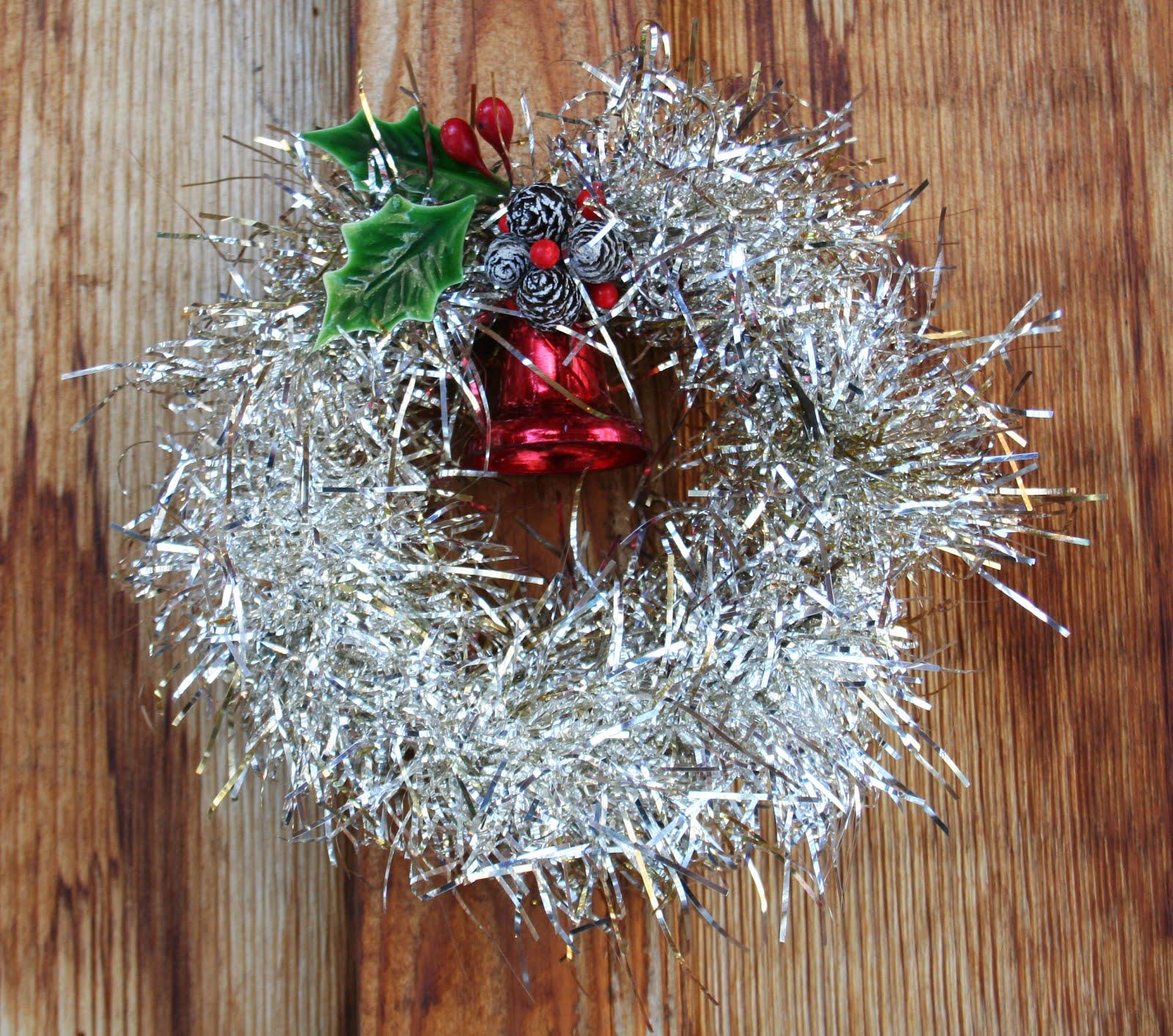Beehive art salon vintage tinsel holiday wreath tutorial