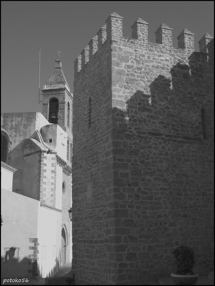 Almenas y Torre