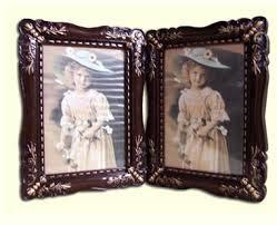 khung ảnh bằng gỗ đẹp và xinh xắn