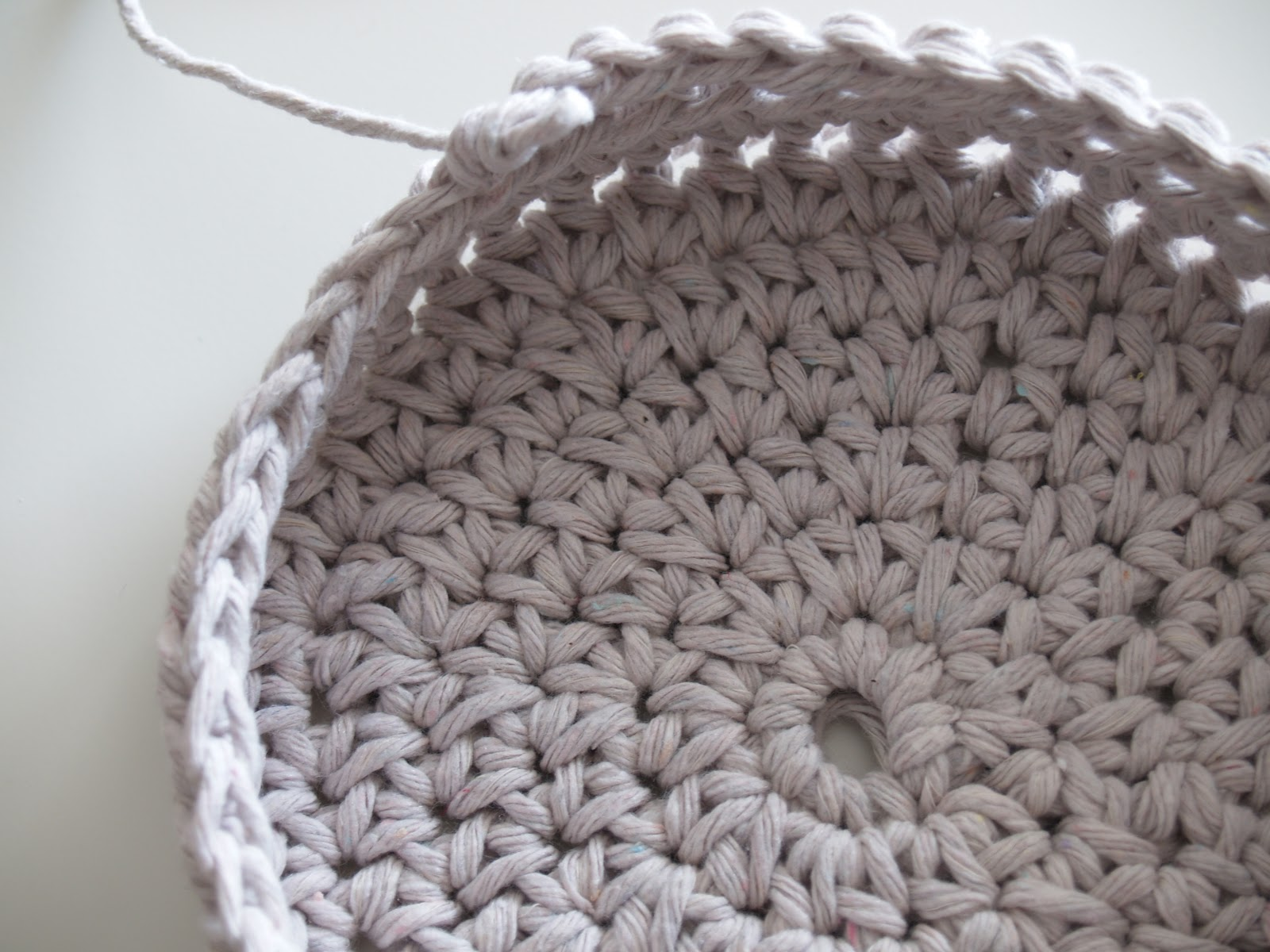 Crochet Stitches Basket : Free Crochet Basket Pattern, Handmade basket