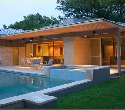 Fotos de piscinas piscinas de aguas cristalinas for Terrazas y jardines modernos