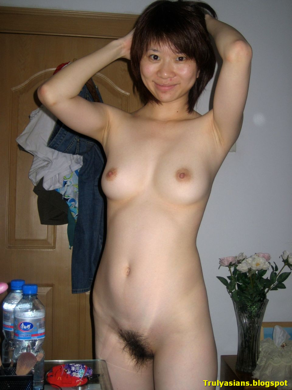 chinese nude Naked women