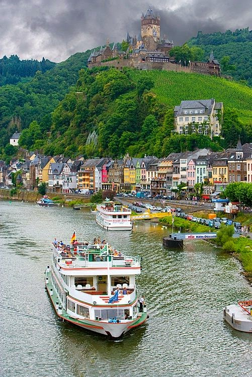 Mosel River with Cochem Castle, Germany