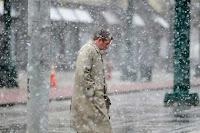 Nordeste dos EUA tem tempestades de neve em plena primavera