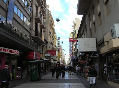 Calle de La Florida, Buenos Aires, Argentina, vuelta al mundo, round the world, La vuelta al mundo de Asun y Ricardo